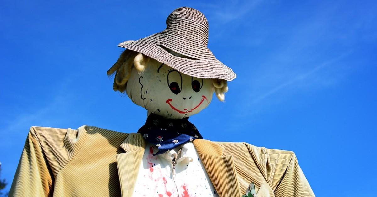 scarecrow-939486_1280