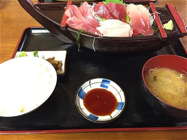 三崎くろば亭マグロ定食-1