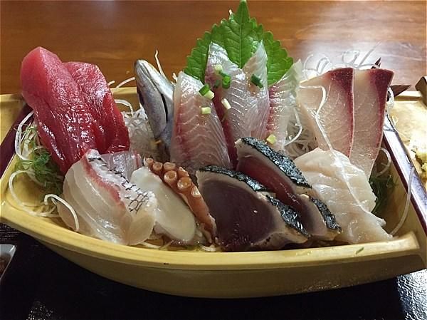 三崎くろば亭地魚刺身定食-2