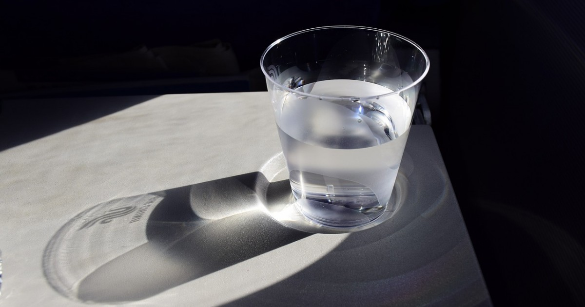 a-cup-of-water-904698_1280